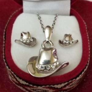 Cowboy hat rhinestone necklace and earrings